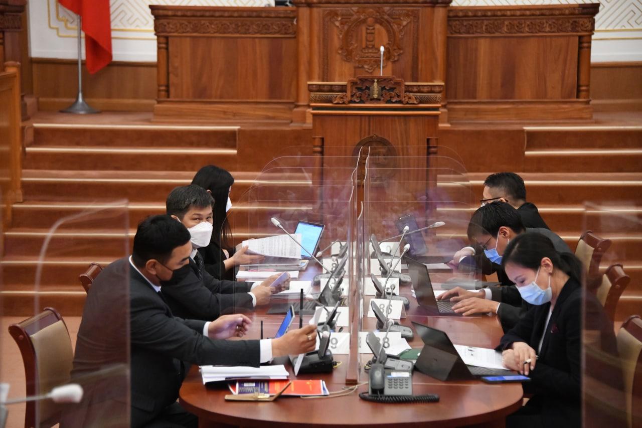 """""""Монгол Улсын 2020 оны төсвийн гүйцэтгэл батлах тухай"""" УИХ-ын тогтоолын төсөл батлагдлаа"""